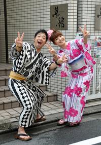 安田大サーカス団長さんと浜口順子さん 浴衣レンタル
